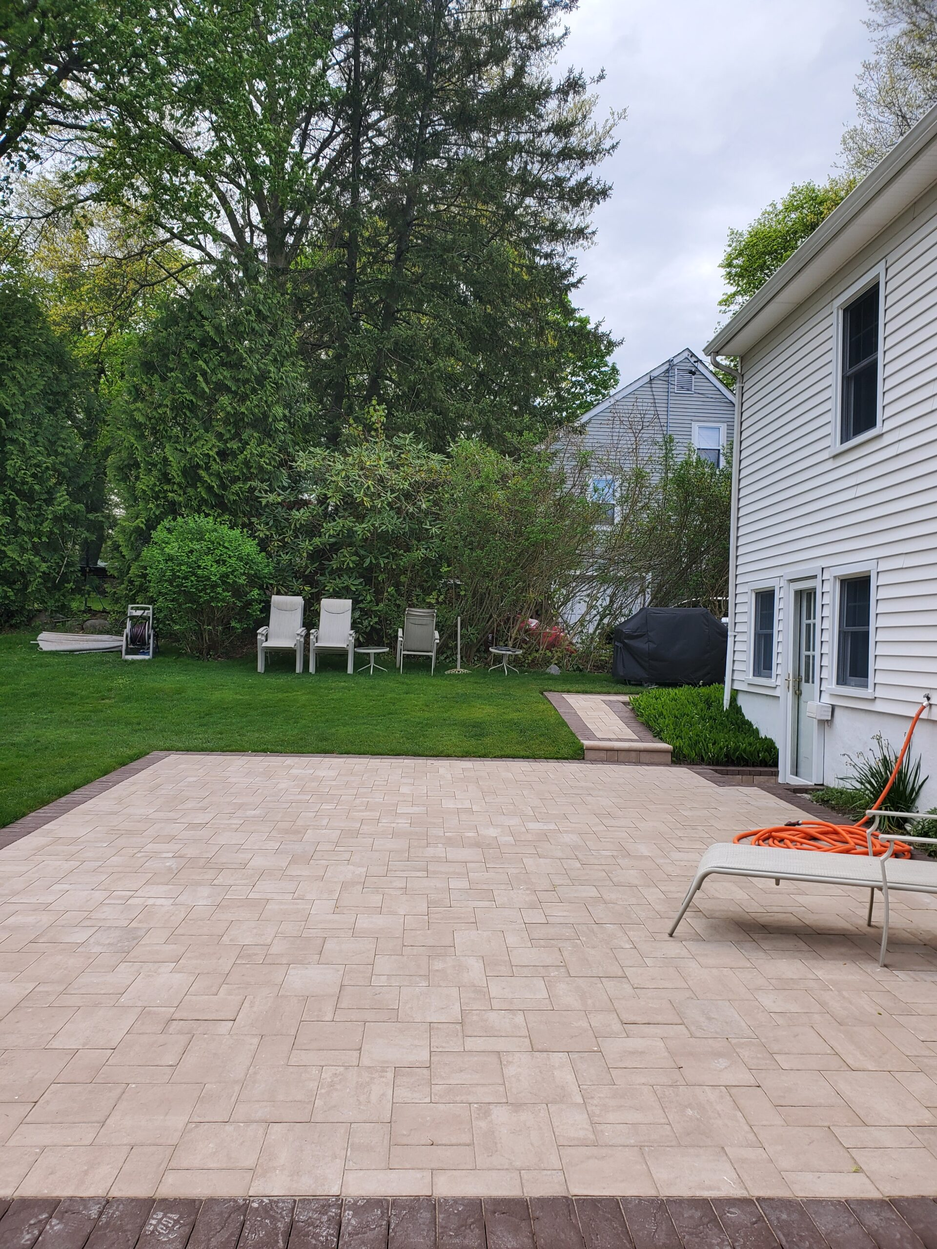 Patios stairs and walkways by Moretti in Westchester New Yorks by Moretti in Westchester NY